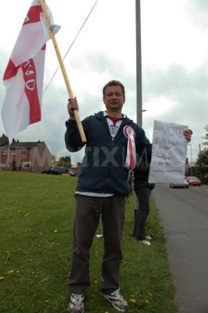 Mark Leat campaigning for England First Party local elections 2010