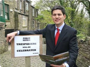 David Miliband seeks to re-invent his political image as an unlikely champion of English political identity