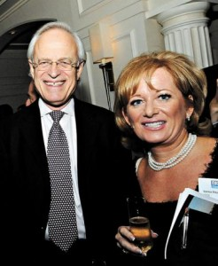 Lorna Fitzsimons (right) at the 2009 BICOM dinner at the Berkeley Hotel, Knightsbridge, with former US Ambassador to Israel Martin Indyk