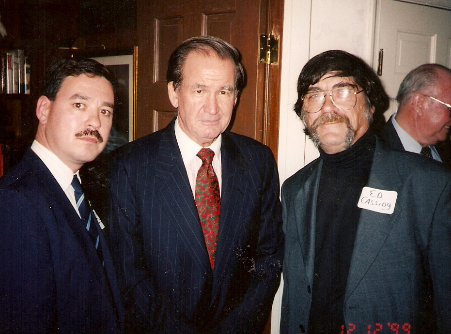 2000 Presidential candidate Pat Buchanan (centre) with Mark Cotterill (left), then a member of his campaign staff and now EFP Chairman, and Edward Cassidy (right), then an activist with the American Friends of the BNP