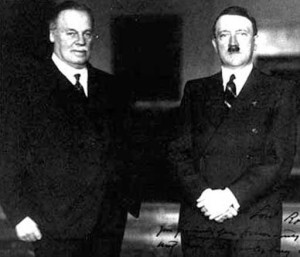 Mail owner Lord Rothermere with Adolf Hitler