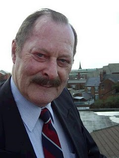 Peter Mullins (1936-2016)